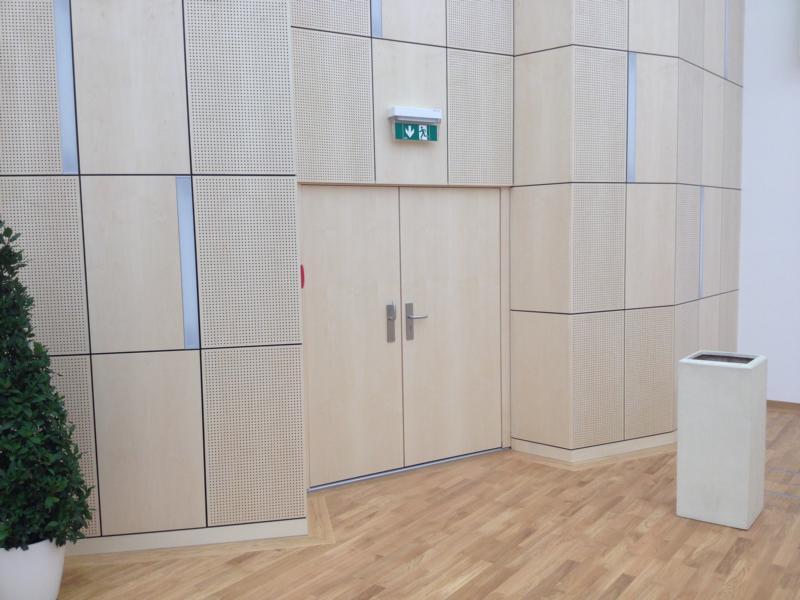 Gewerbehaus - Wilhelm-Neusser-Saal; Schallschutztür