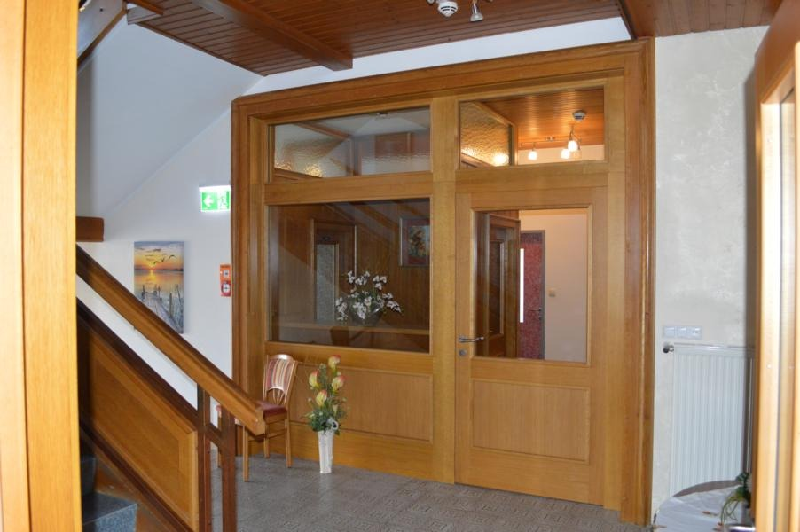 Pachernighof; Sondertuere; Funktionstuere