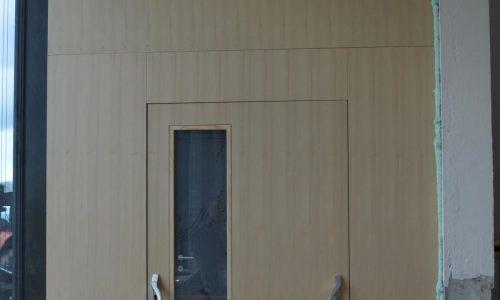 Paniktür mit Verglasung; Barrierefreie Tür; Schallschutztür
